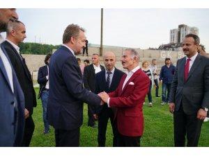 """Bosna Hersek Cumhurbaşkanı İzzetbegoviç: """"Müslüman dünyasının tek lideri Recep Tayyip Erdoğan'dır"""""""