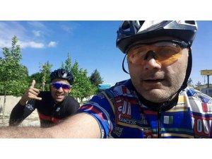 Milli bisikletçi trafik kazasında hayatını kaybetti