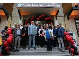 Prof. Dr. Orhan Oğuz'un adı Halk Merkezi'ne verildi