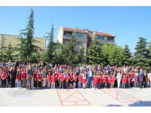 Kırklareli'nde 44 bin öğrenci karnelerini aldı