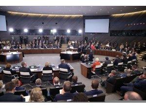 Milli Savunma Bakanı Canikli Brüksel temaslarını sürdürüyor