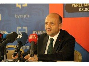 """Başbakan Yardımcısı Fikri Işık: """"Cumhurbaşkanımız ilk turda seçimi alır. AK Parti 300'ün üzerinde milletvekili çıkaracak notaya geldi"""""""