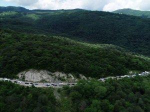 Gürcistan'da minibüs devrildi: 4 ölü, 16 yaralı