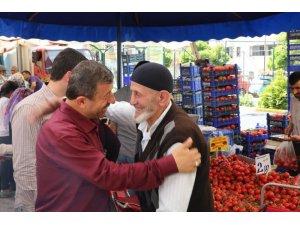 Karabacak, Kocaeli mitingi için çarşı pazar dolaşıyor
