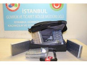 Atatürk Havalimanı'nda yolcunun valizinden 6,5 kilo kokain çıktı