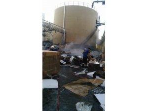 Yağ fabrikasında yangın paniği