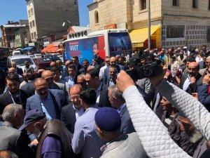 Başbakan Yardımcısı Akdağ, muhtarlarla bir araya geldi