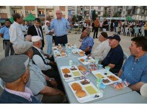 Odunpazarı'ndan Huzur Mahallesi'nde 4 bin kişilik iftar