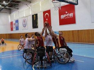 Galatasaray adını finale yazdırdı