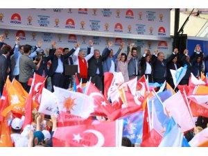Başbakan Yıldırım'dan terörle mücadelede kararlılık mesajı