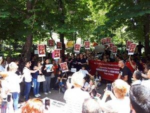 Hayvanlara yönelik şiddet protesto edildi