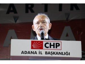 Kılıçdaroğlu, Adana'da vatandaşlarla iftar yaptı