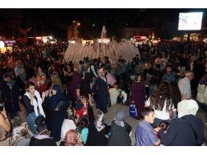 Eyüp Sultan'da Kadir Gecesi coşkusu
