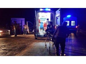 Kadirli'de trafik kazası 4 yaralı