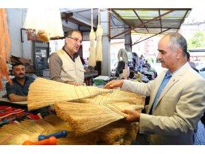 Başkan Aydın, esnafla buluştu