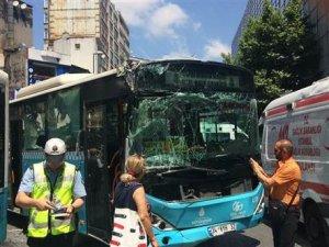 Şişli'de üç halk otobüsü çarpıştı: Yaralılar var