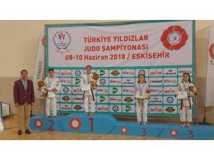 Judoda Türkiye şampiyonları Yunusemre'den