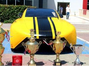 Türkiye'nin en verimli yarış aracını yaptılar