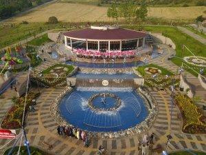 Bozüyük Belediyesi Sultan Abdülhamid Han Parkı'nda restoran işletmeciliğinde de iddialı