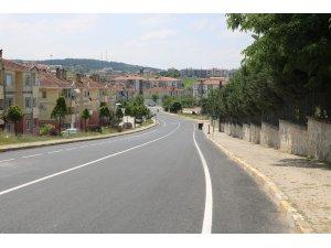 Ferizli'de yollar yenilendi