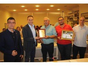 Ayvalık'ta ATO başarılı firmaları onurlandırdı