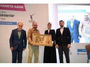 Başkan Üzülmez'den Sümeyye Erdoğan'a hediye