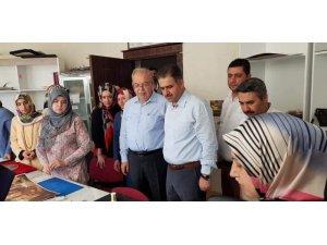 Milletvekili Halil Fırat kadın ve gençlik merkezi kursiyerleriyle bir araya geldi