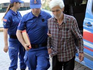 Ahırdaki hayvanı dövmesine engel olan karısını hastanelik eden koca tutuklandı