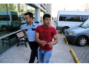 Fayans hırsızları tutuklandı