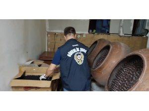 Polisten Bayram  öncesi çikolata baskını