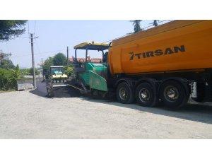 Sapanca'da asfaltlama çalışmaları sürüyor
