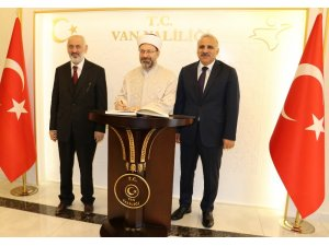 Diyanet İşleri Başkanı Erbaş'tan Vali Zorluoğlu'na ziyaret