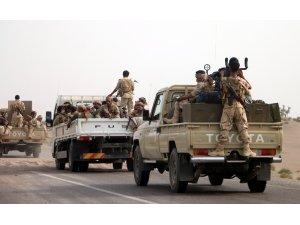 Yemen ordusu Arap Koalisyonu'nun desteğinde Hudeyde'ye harekat başlattı