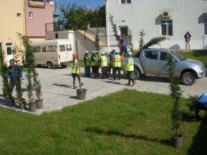 Kartepe'de çevre düzenleme çalışmaları devam ediyor