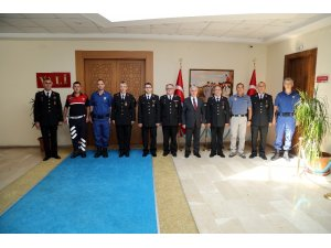 Jandarma Teşkilatından Vali Kamçı'ya Ziyaret