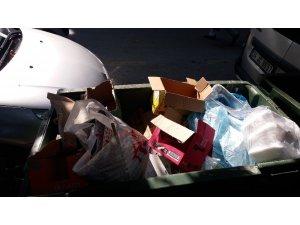 """İzmit Belediyesi'nden çağrı: """"Geri dönüşümü mümkün atıkları çöpe atmayın"""""""