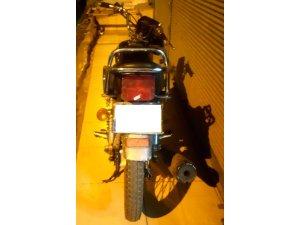 Motosiklet hırsızı ruhsat sorulunca yakayı ele verdi