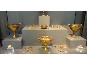 Troya kökenli eserler Troya Müzesi'ne nakledilecek