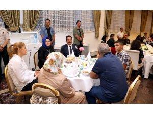 Başkan Atilla şehit aileleri ve gazilerle iftarda buluştu