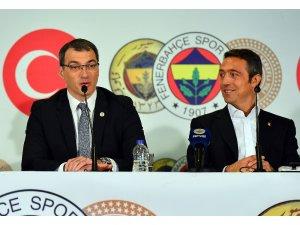 """Fenerbahçe Kulübü Başkanı Ali Koç: """"Yerli hoca ile devam edersek bu kesinlikle Aykut Kocaman olacak"""""""