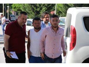 Hırsızlar, polisin takibi sonucu yakalandı