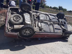 Yozgat'ta otomobil şarampole devrildi: 6 yaralı
