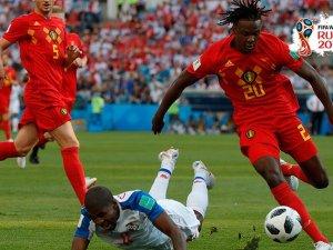 Belçika 3 puanı 3 golle aldı