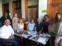 'Küresel sokak ekonomisi' Mersin'de masaya yatırıldı