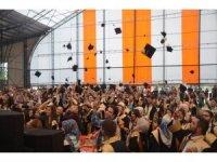 970 öğrencinin mutlu günü