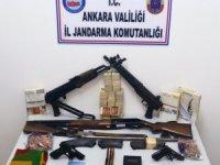 Ankara'da terör örgütünün propagandasını yapan 11 kişiye gözaltı