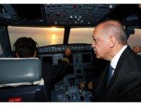 Cumhurbaşkanı Erdoğan'ın uçağı 3. havalimanına indi