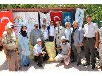 Badem üreticilerine gübre dağıtımı yapıldı