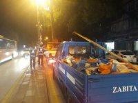 Başkent'te parti bayrakları yasaklar nedeniyle toplandı