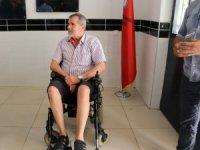 Engelli vatandaş oyunu kullanamadığı için gözyaşlarına boğuldu